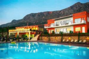 Paleros Travel - Accomodation - Thalassa Hotel