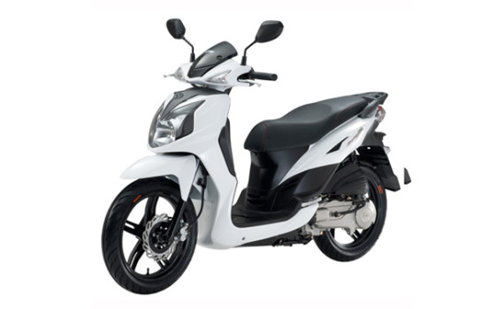 Paleros Travel - Rent a scooter
